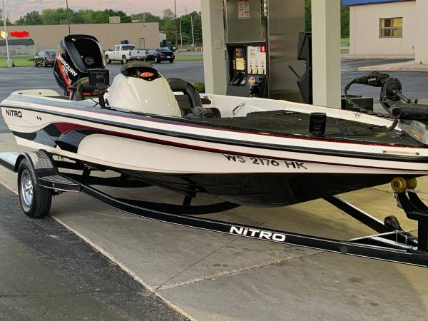 Photo 2006 Nitro Bass Boat - $16,000 (Manitowoc)
