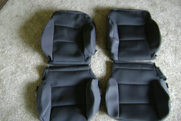 Photo 2014-2018 Chevy pick up truck factory seat covers - $100 (Sheboygan)