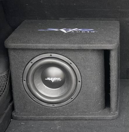 Photo 8 Skar Audio Subwoofer in Vented Box - $80 (Manitowoc)