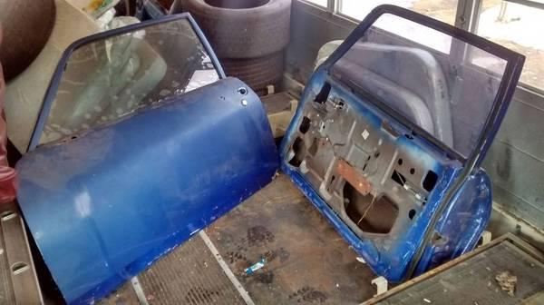 Photo Nova SS Body Door Hood Trunk Body Panels Chevy Interior Trim Camaro - $50 (Manitowoc)