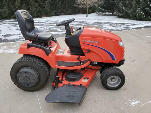 Photo Simplicity Prestige Lawn Mower - $3,100 (Cedar Grove)