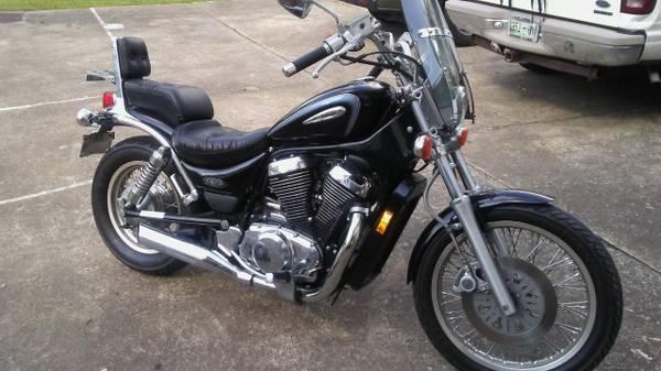 Photo 2004 Suzuki Intruder vs800 Black - $2,100 (Nashville)