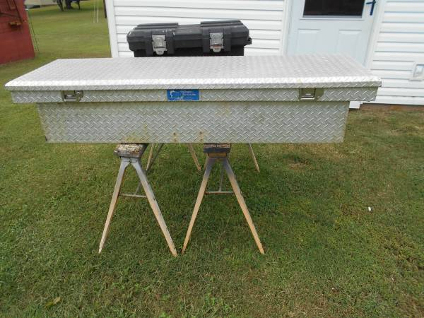 Photo Aluminum Tool Box - $100 (Florence)
