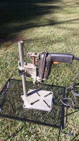 Photo Craftsman drill press - $40 (Hoover)