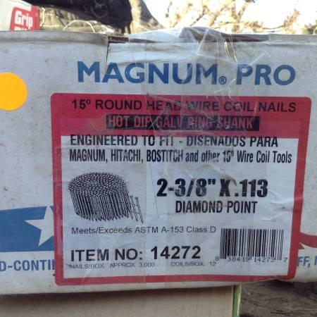 Photo Magnum Pro 14272 Coil Nails, 2-38quot x 0.113quot - $30 (Murfreesboro)