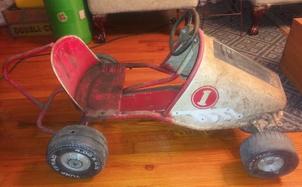 Photo Murray The Hot One Vintage Pedal Car - $225 (Lawrenceburg)