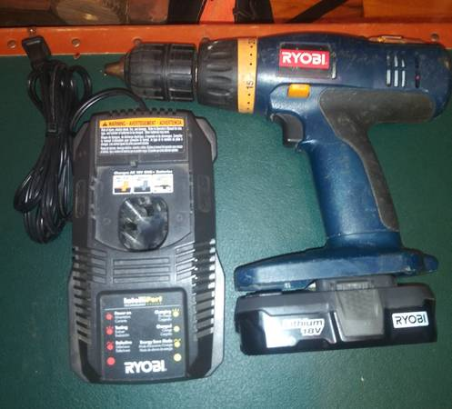 Photo Ryobi 18v Reversible Drill Battery  Charger - $30 (Lawrenceburg)
