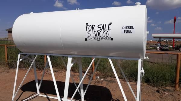 Photo 1000 Gal Diesel Fuel Tank - $1,500 (Sanders)