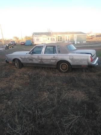 Photo 1988 Lincoln Towncar - $500 (Taylor)