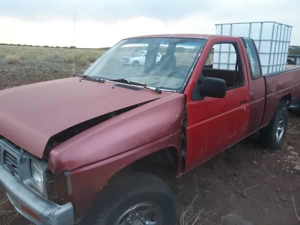 Photo 1993 Nissan D21 Hardbody 4wd parts - $500 (Concho)