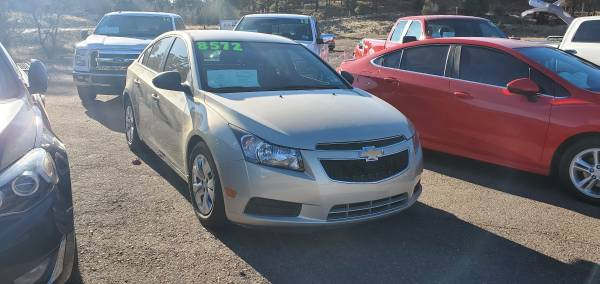 Photo 2012 CHEVROLET CRUZE  GREAT FOR FIRST TIME BUYER  COME TAKE A LOOK - $8,677 (DRIVE NOW AUTO SALES 700 S WHITE MOUNTAIN RD SHOW LOW AZ)