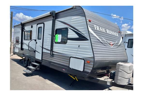 Photo 2018 Heartland Trail Runner 25Ft Ultra Lite Sleeps 8 Bunk House - $24,900 (Apache Junction)
