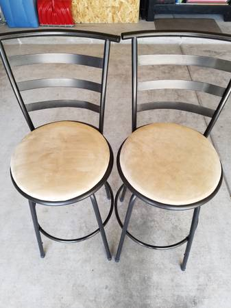 Photo 28 inch high barstools - $40 (Show Low)