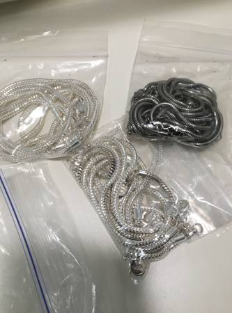 Photo Braclet Chains for large hole pandora-style beads - $3 (Wrightstown near Pantano)