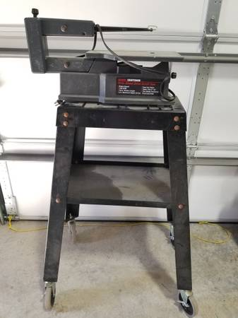 Photo Craftsman 16 inch scroll saw and rolling stand - $50 (Prescott Valley)
