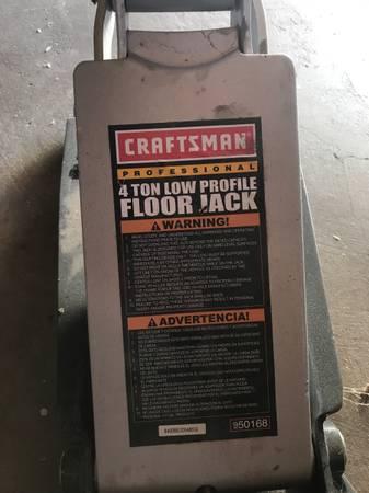 Photo Craftsman Floor Jack - $250 (St Johns)