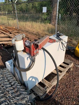 Photo Diesel Fuel Tank wPump - $400 (Pinetop)