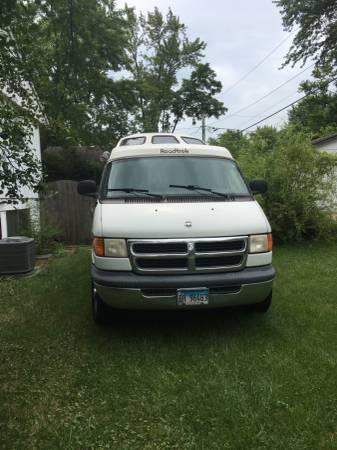 Photo Dodge roadtrek - $16999 (Showlow)