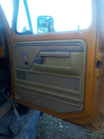 Photo Ford truck 73-79 parts, - $100 (Pinetop)