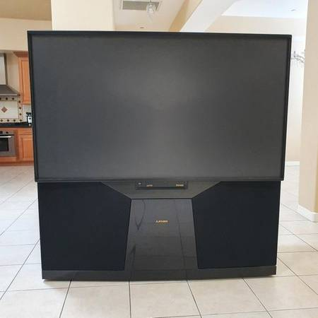 Photo Free 73quot Mitsubishi Projection TV - Repair Or Parts (Fountain Hills)