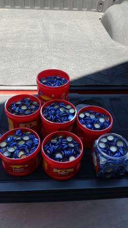 Photo Free Bud light beer caps (Show low)
