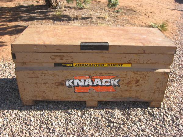 Photo Knaack Model 60 Jobsite tool box storage chest - $250 (snowflake)