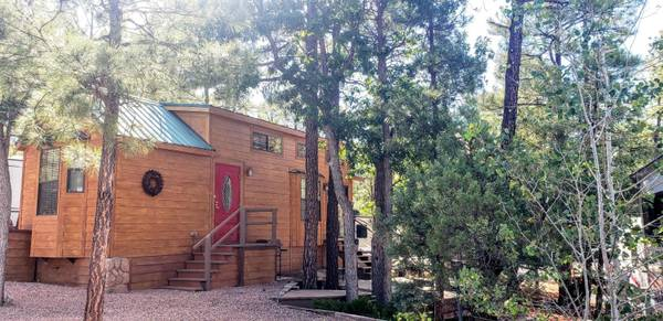 Photo Looking for a custom cabin in the cool pines (White Mountain Vacation Village)
