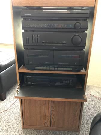 Photo Magnavox Stereo Console - $100 (Taylor AZ)