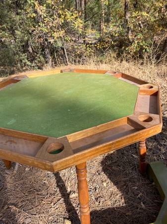 Photo Poker table - $40 (Show Low)