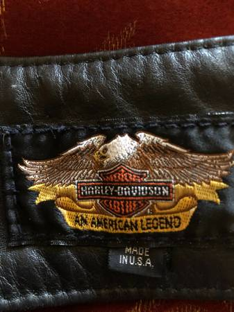 Photo Vintage Harley-Davidson leather chaps - $300 (Show Low)