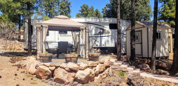 Photo You will definitely fall in love with this corner lot. (White Mountain Vacation Village)