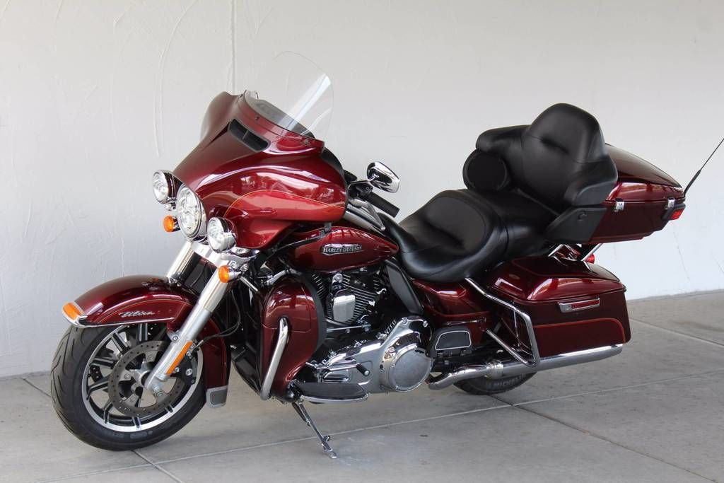 Photo 2016 Harley-Davidsonxc2xae FLHTCU - Electra Glidexc2xae Ultra Classicxc2xae $17995