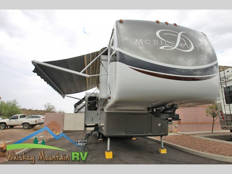 Photo Used 2012 DRV LUXURY SUITES Fifth Wheel RV  $59900