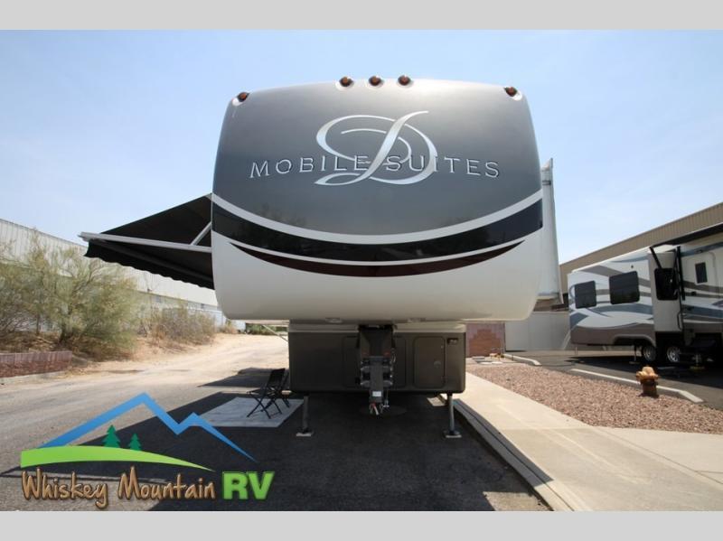 Photo Used 2014 DRV LUXURY SUITES Fifth Wheel RV  $69900