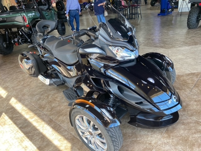 Photo Used 2013 Can-Am Trike Motorcycle  $12999
