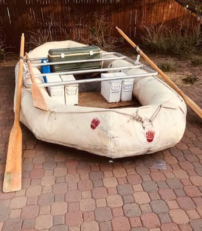 Photo white water raft - $1,000 (Flagstaff AZ)