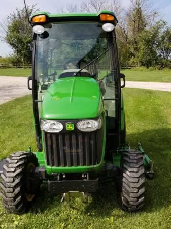 Photo 2010 John Deere 3720 Tractor - $23,000 (Bossier City LA)