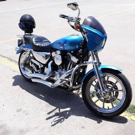 Photo 2011 Harley Davidson Sportster 883XL Superlow - $4,095 (Emory)