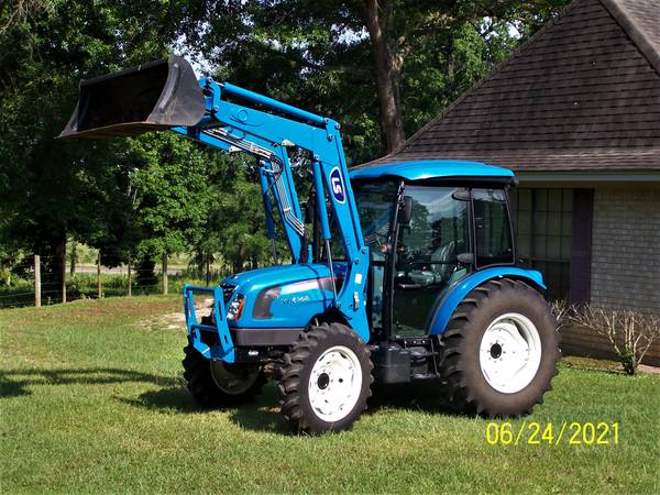 Photo 2020 LS XU6168C 4WD Cab Tractor with Loader (95 Hours) - $32,900 (Wells, Texas)
