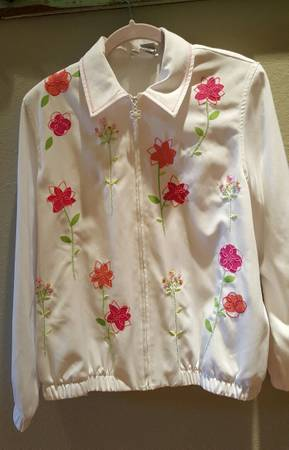 Photo Alfred Dunner 10P lightweight Zip Front jacket wFloral Applique - $18 (North Bossier City  I-220)