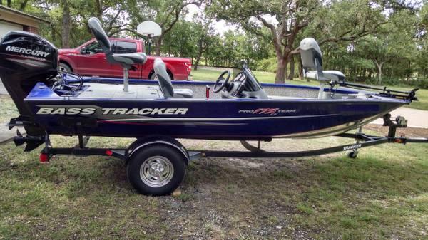 Photo Bass Tracker Pro Team 175 TF - 2015 - With 60HP Mercury - $15,000 (Georgetown)