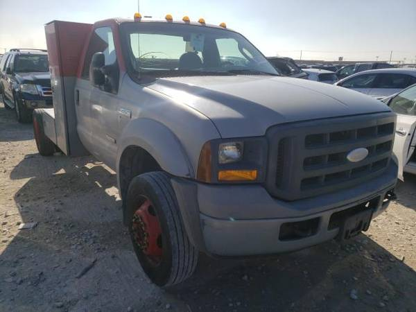 Photo FOR PARTS A 2005 FORD TRUCK F450 6.0 DIESEL 135K MILES 6SPEED MANUAL (NEVADA TX 75173)