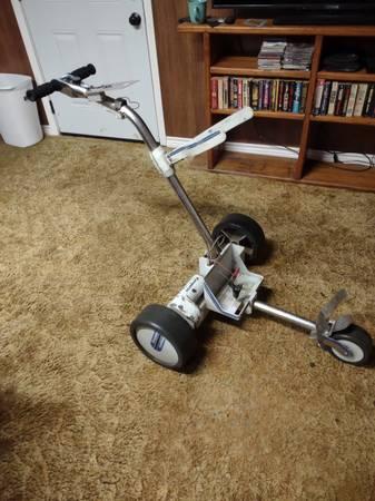 Photo Kangaroo Hillcrest electric golf cart - $200 (Tyler)