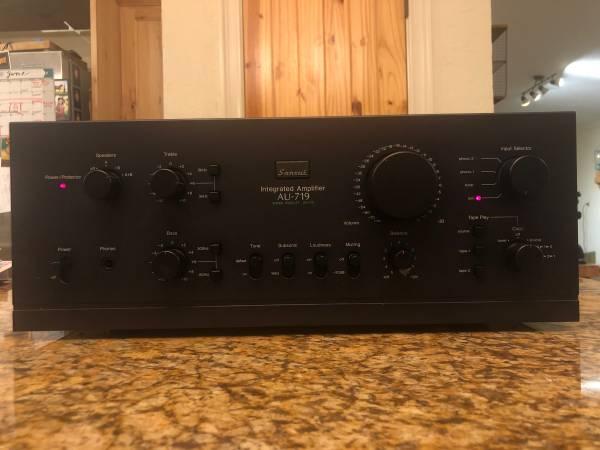 Photo Sansui AU-719 Integrated Amplifier - $700 (Marshall)