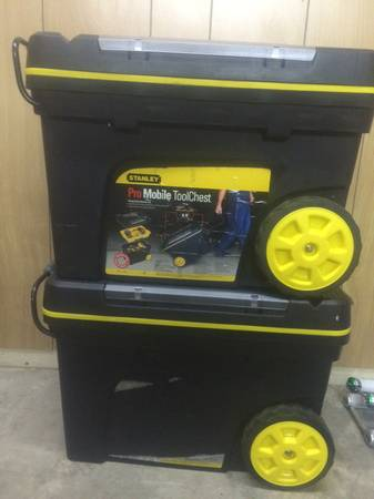 Photo Stanley Pro Mobile Contractor Tool Chest w wheels used - $42 (Minden)