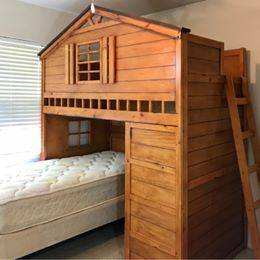 Photo Wood Treehouse Cabin-Style Bunk Bed Loft Bed, Twin over Twin, Bookcase - $650 (GREENWOOD)