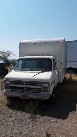 Photo 1985 Chevy Box truck - $1,000 (Bisbee)