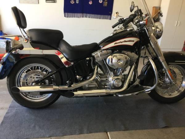 Photo 2006 Harley Davidson Heritage Softail (FLST) - $6,500 (Sierra Vista)