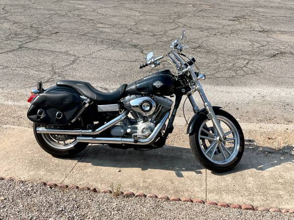 Photo 2009 Dyna Superglide low miles - $10,500 (Tucson)