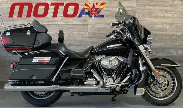 Photo 2012 Harley Davidson FLHTK Electra Glide Ultra Limited Touring - $11,995 (8743 E Pecos RD 126)